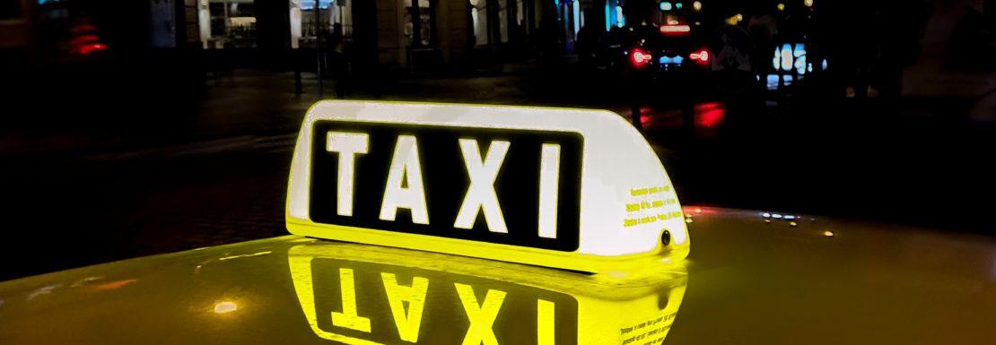 سيارات الأجرة في ألانيا