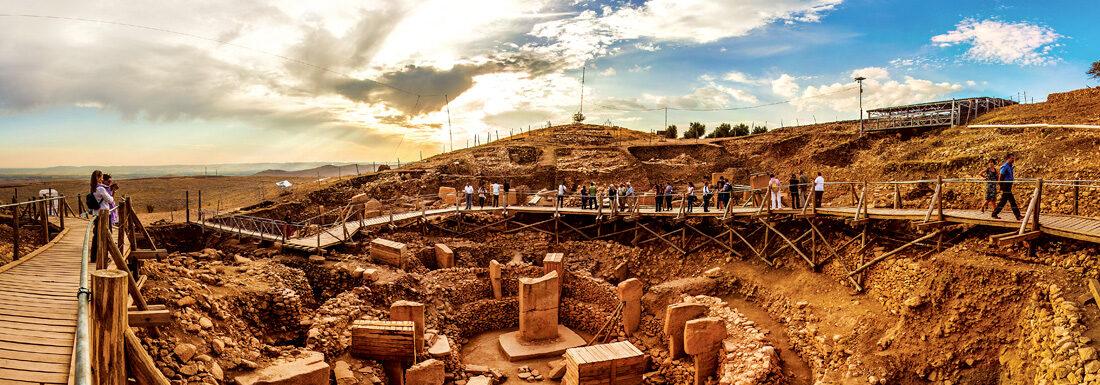 غوبكلي تبه في تركيا تتحول لعلامة سياحية